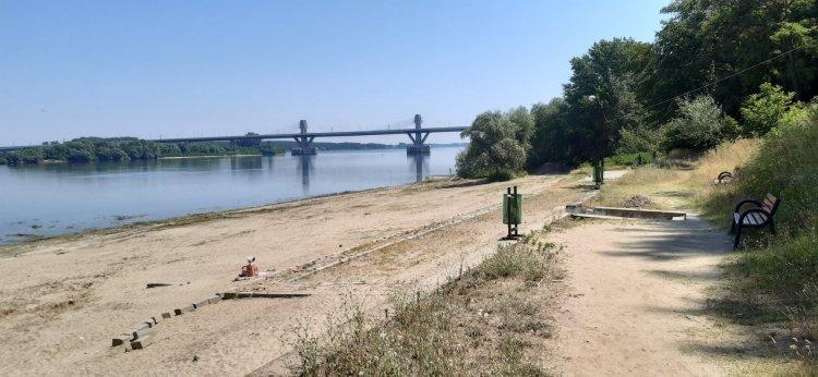 Plaja din Calafat e pustie din cauza indolentei conducerii locale